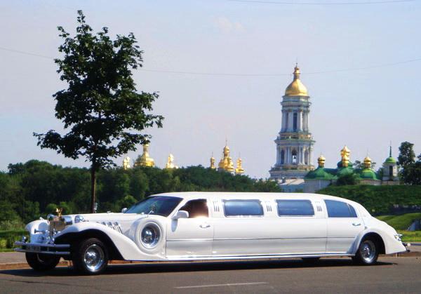 Лимузин Excalibur Phantom 120″ replycar прокат аренда Киев цена